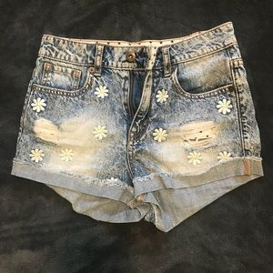 Women's Shorts, Ripped Jeans, Size 24, Forever 21